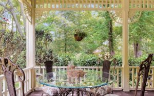 Alfresco dining on the wraparound porch